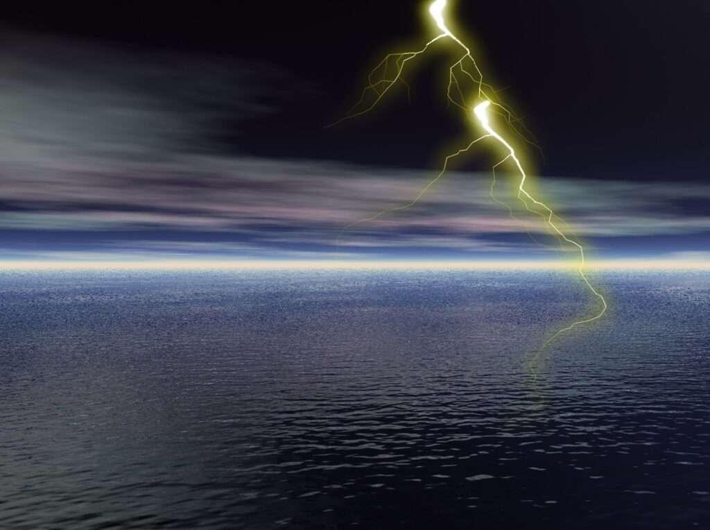 Gemini, Uranus lightning