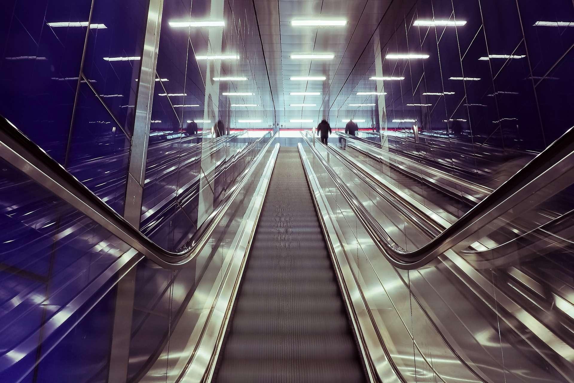 Taurus, escalator