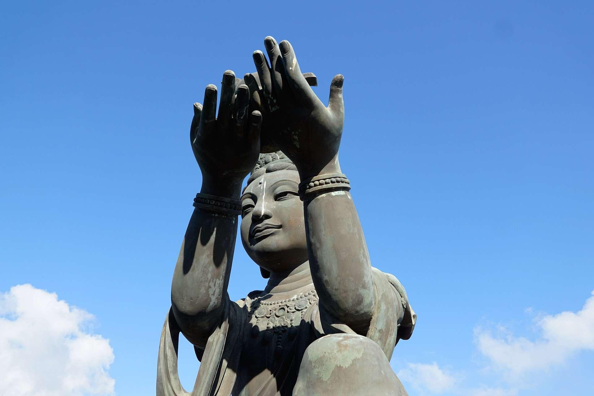 Jupiter, giant buddha